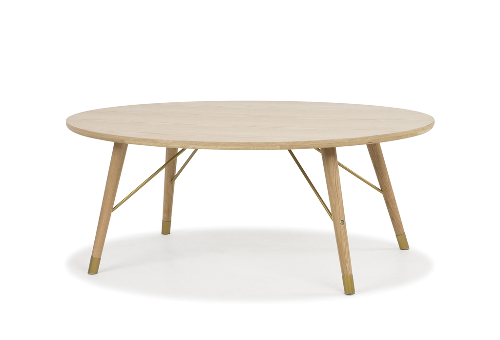 arc-1004-oval-table-oak-wood-natural-colour-brass-steel-leg-details-angle