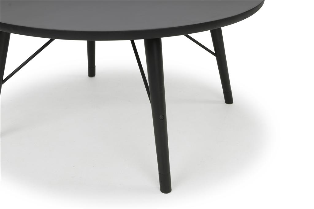 arc-1005-round-table-oak-wood-matt-black-colour-black-steel-leg-details-close-up