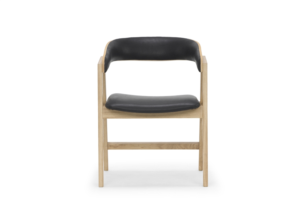 arc-1019-dining-chair-hermes-eclipse-natural-oak-legs-front