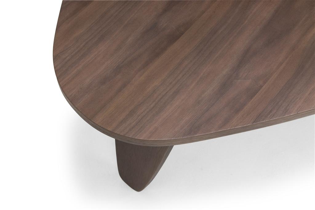arc-1024-coffee-table-walnut-table-top-walnut-veneer-legs-close-up-1