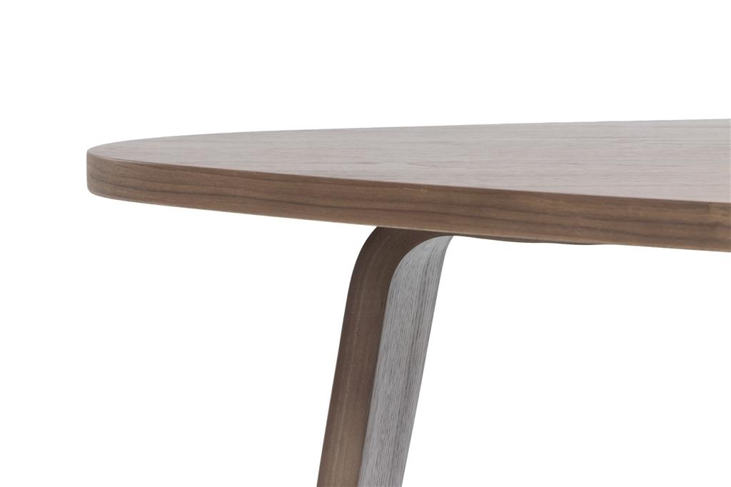 arc-1024-coffee-table-walnut-table-top-walnut-veneer-legs-close-up-2