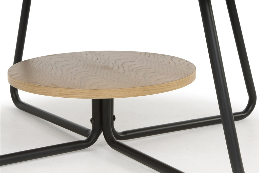 arc-1032-coffee-table-matt-black-steel-legs-top-natural-oak-close-up-1
