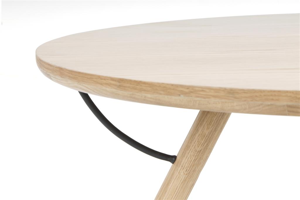 arc-1033-coffee-table-matt-black-steel-legs-top-natural-oak-matt-brass-leg-detail-close-up-1