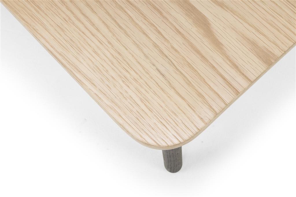 arc-1034-coffee-table-dark-grey-oak-legs-natural-oak-table-top-close-up-1