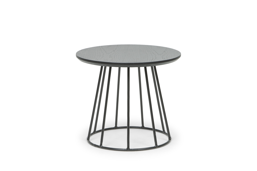 MD 1216 - Round Table R45x38, Matt Black Steel Legs, Black Table Top, Front